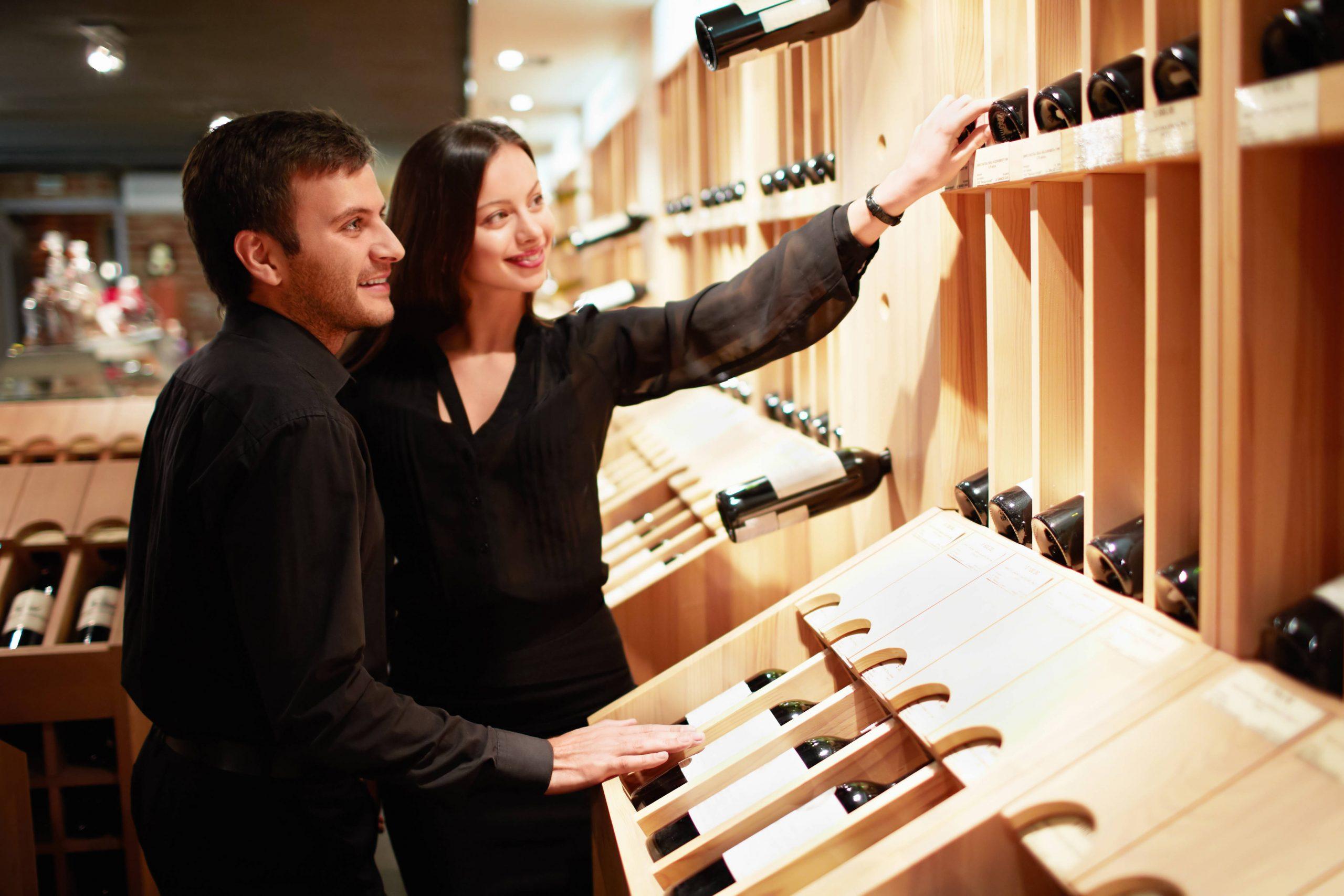 Detalles a tener en cuenta al comprar una vinoteca