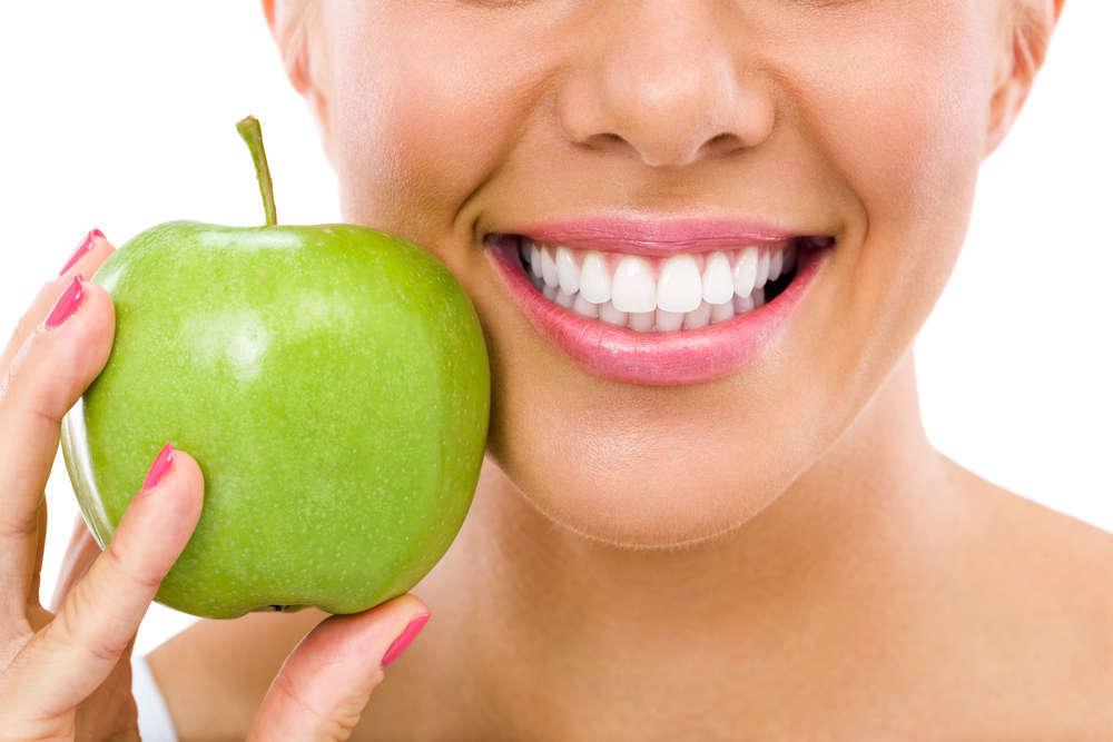 Cuidar la dentadura empieza por una buena alimentación